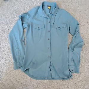 Eddie bauer's travels shirt small